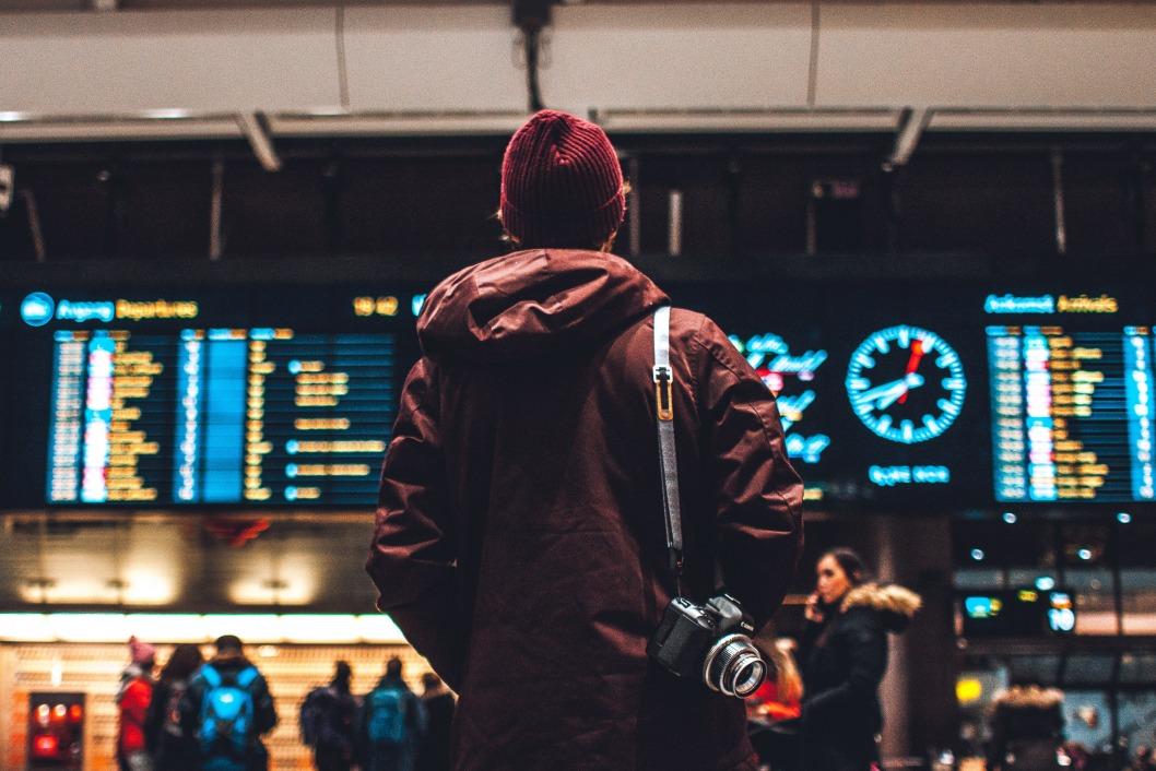 Опубликовали список самых безопасных стран для туристов: Украина в неблагоприятной зоне