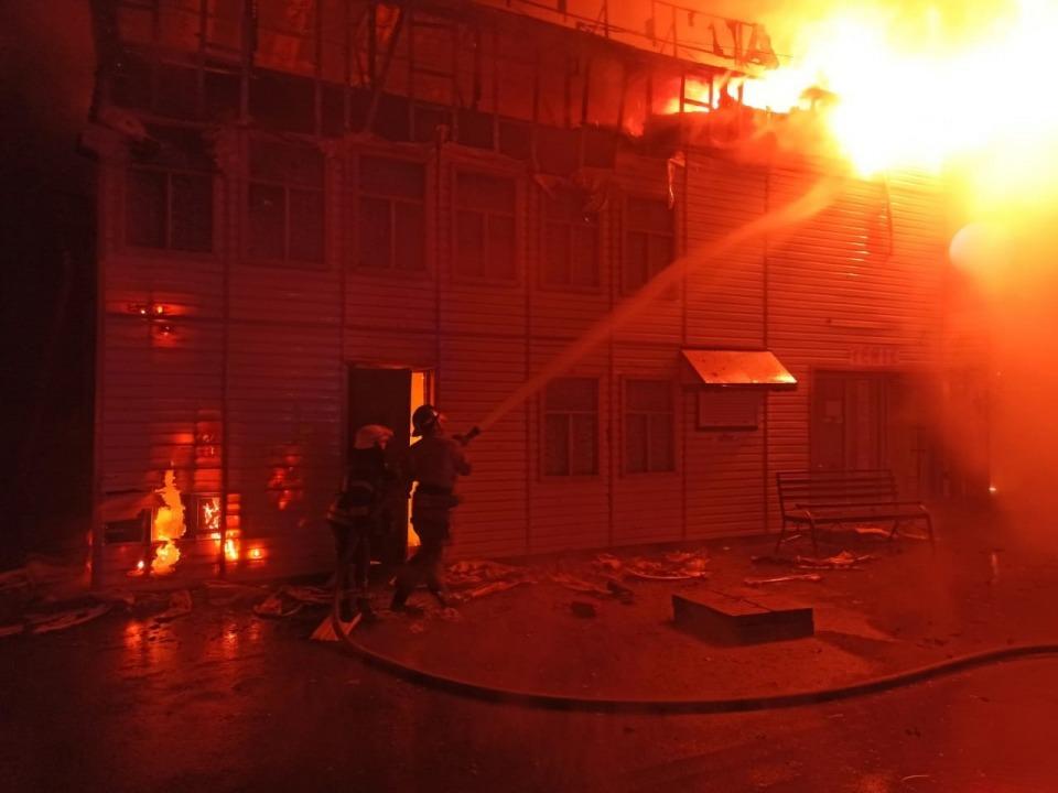 В Кривом Роге горело здание мини-кинотеатра