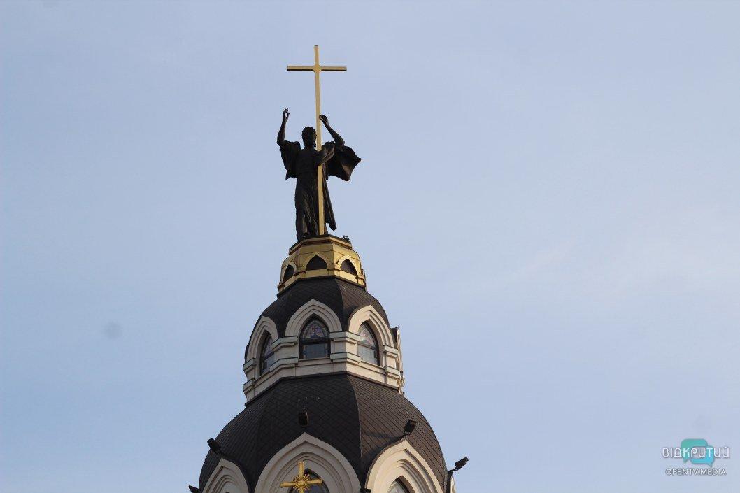 В храме на набережной Днепра замироточила икона (ФОТО)