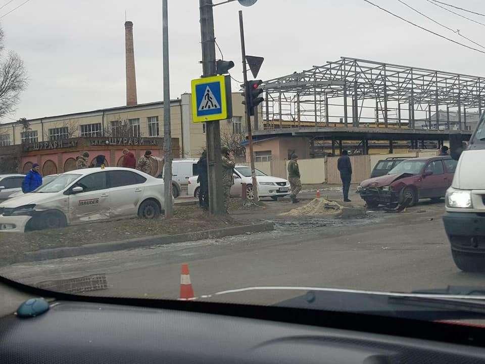 Смертельное ДТП в Новомосковске: водителя-военнослужащего задержали, врач отказался спасать ребенка