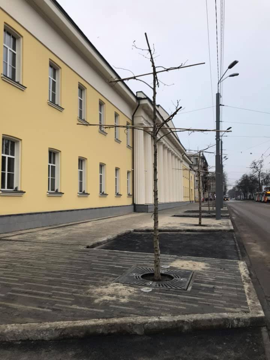 Реконструкция здания суконной фабрики в Днепре: плюсы и минусы