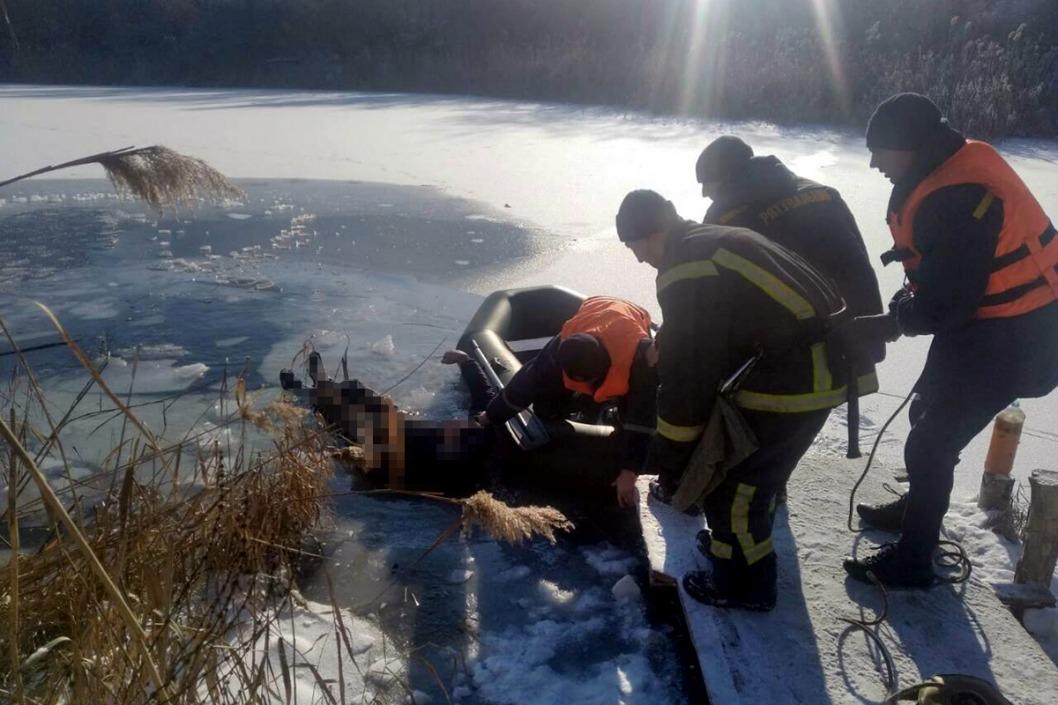 В Покрове в заброшенном карьере обнаружили тело мужчины