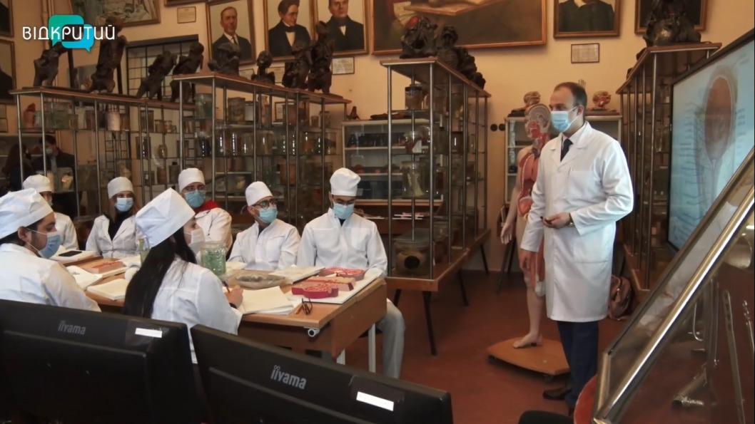 На Днепропетровщине учатся 3 тысячи иностранных студентов