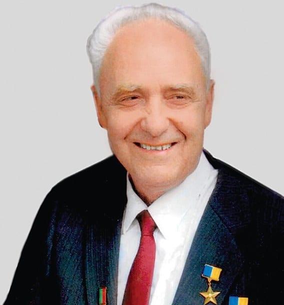 Заслуженный металлург: в Кривом Роге умер Герой Украины Михаил Костюченко