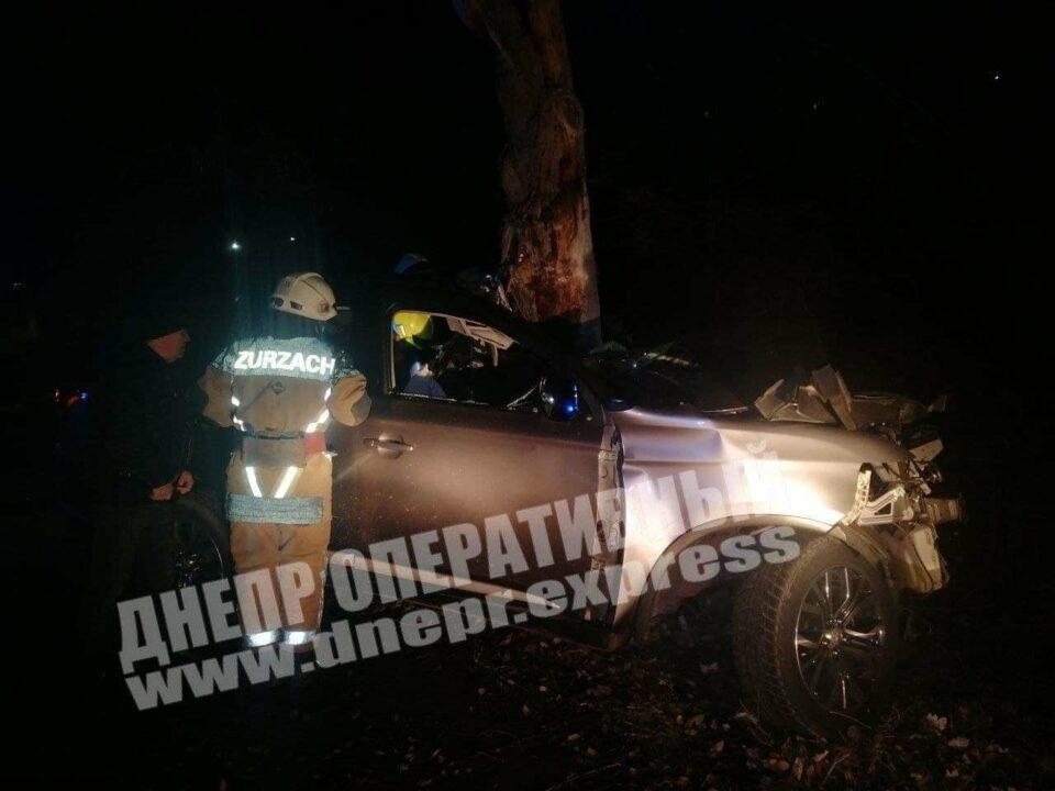 В ДТП на выезде из Днепра погиб 20-летний парень