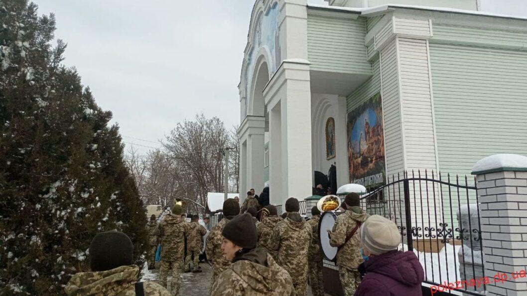 В Новомосковске простились с двухлетней девочкой, которая погибла в результате ДТП