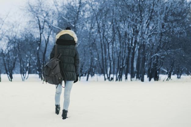 Ушла к подруге: в Днепре и области полиция почти сутки искала 14-летнюю девушку