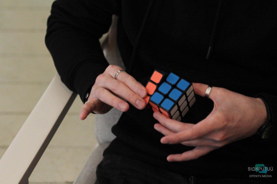 Максим Журавель, фокусник, иллюзионист, карты, магия, чудо, фокусы