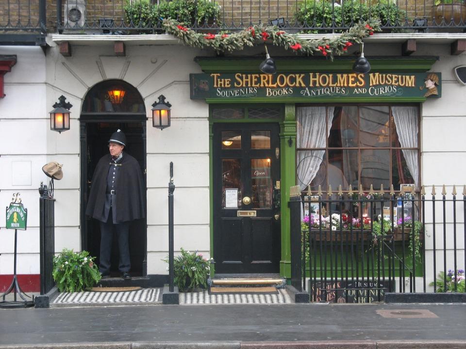 SHerlok Holms