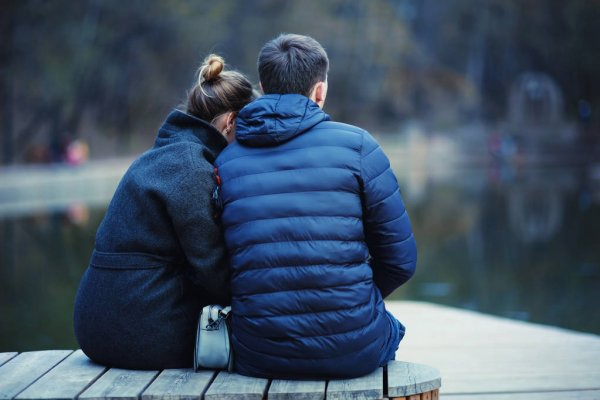 depositphotos 142887931 stock photo young couple at the park