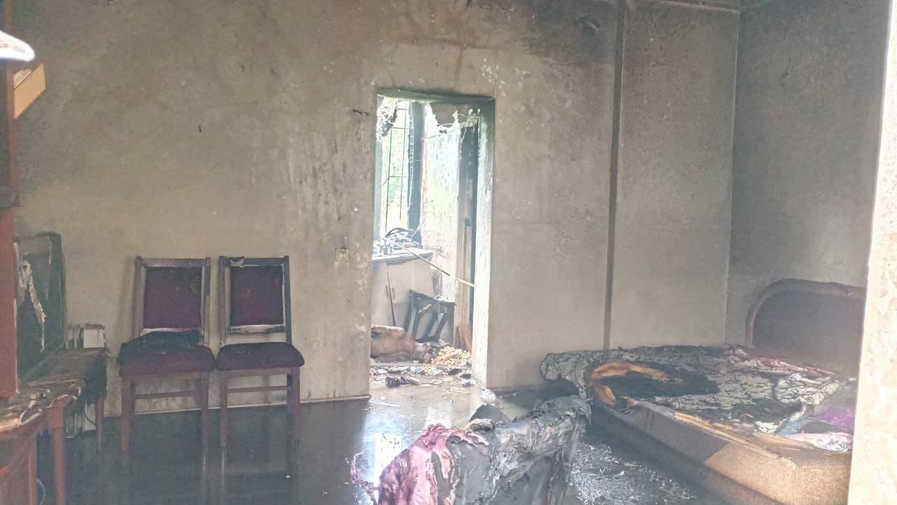В жилом доме по улице Шмидта в Днепре прогремел взрыв: погибли два человека  — Відкритий
